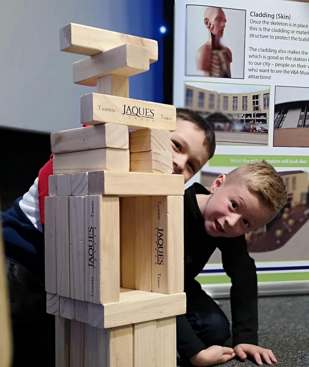 Building Activities at the Dundee Science Festival